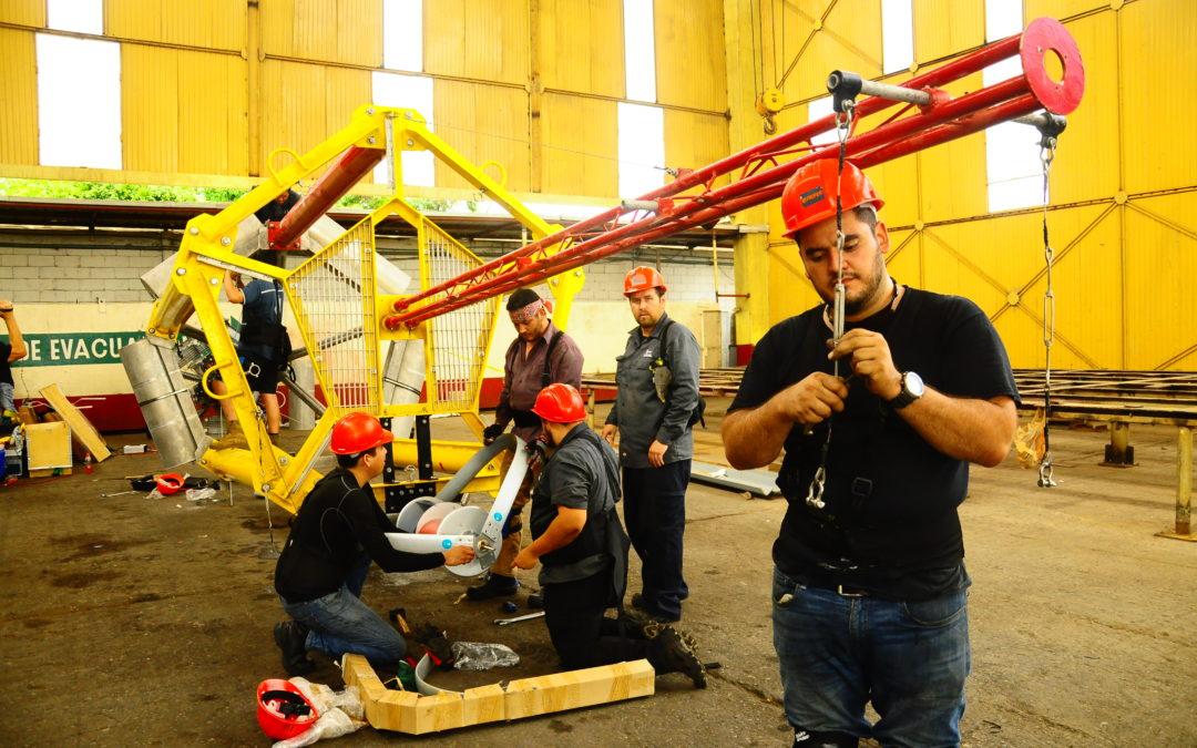 Instalación de boyas oceanográficas y recuperación de trampas de sedimentos en el Golfo de México